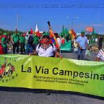 """La Vía Campesina llama a la acción para la COP 21 en París: """"La agricultura campesina es una solución verdadera a la crisis climática"""""""